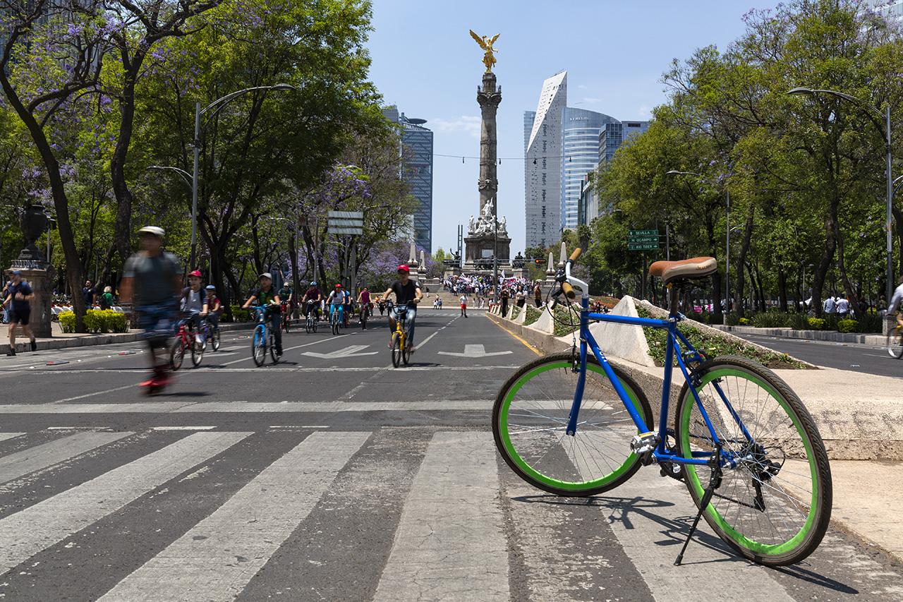 Angel de la Independencia by Bike, Mexico City